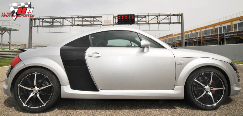 audi tt r8 photos. Black Bedroom Furniture Sets. Home Design Ideas